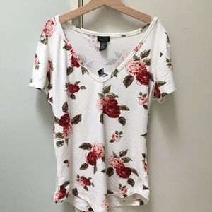 Rue 21 Rose T-Shirt
